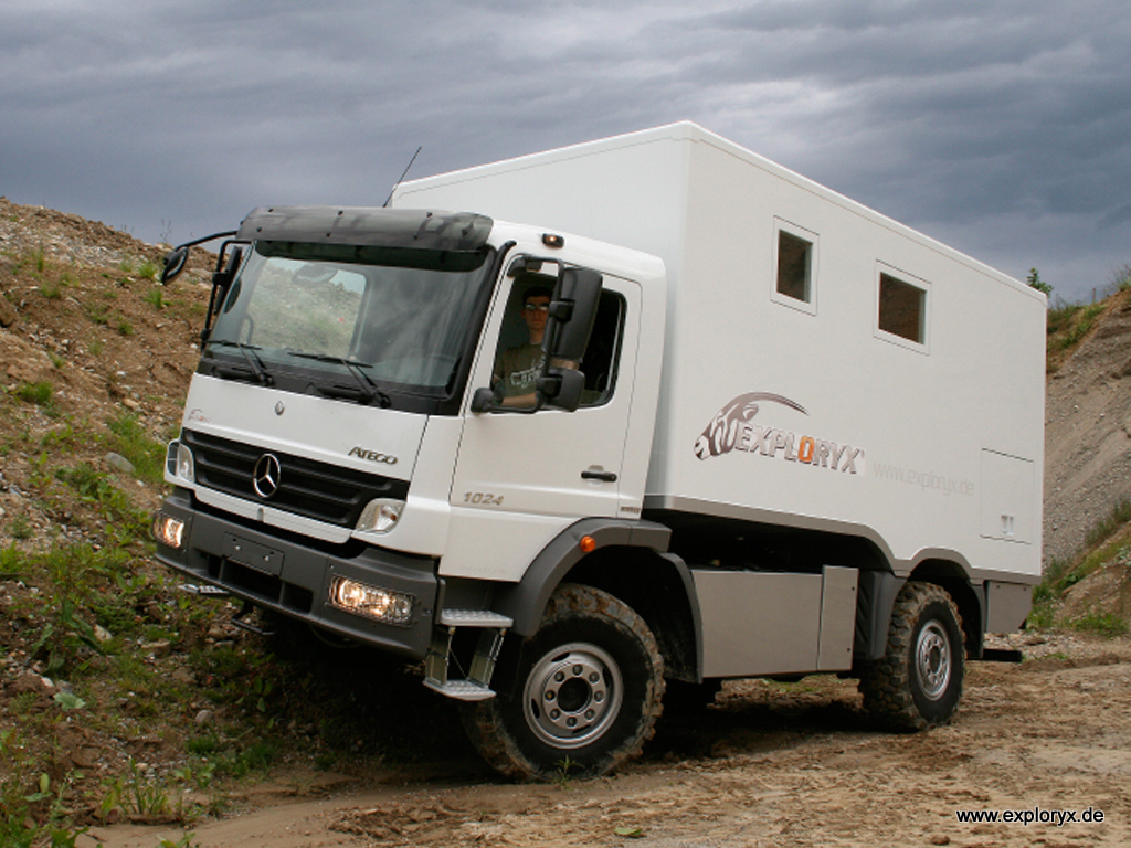 mercedes benz atego expeditions lkw mit allradantrieb. Black Bedroom Furniture Sets. Home Design Ideas