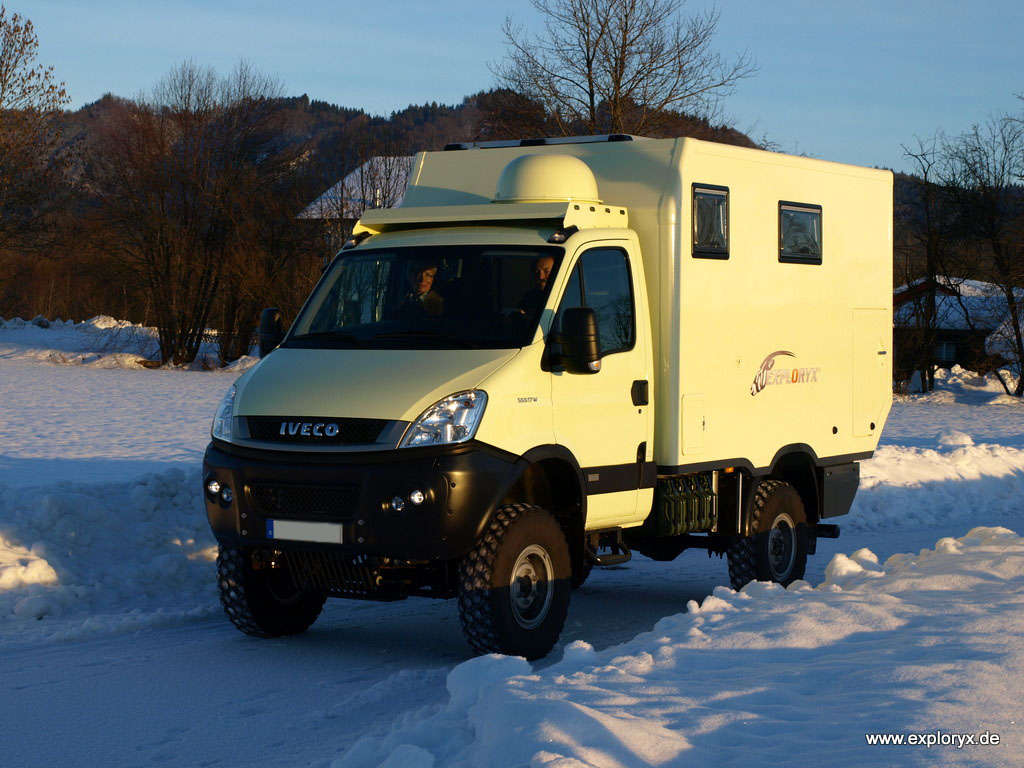 reisemobil iveco daily 4x4 expeditionsaufbau bildergalerien. Black Bedroom Furniture Sets. Home Design Ideas
