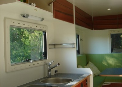 Exklusiver Innenausbau im Wohnmobil (15)