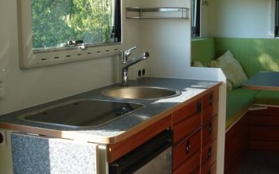 Exklusiver Innenausbau im Wohnmobil (2)