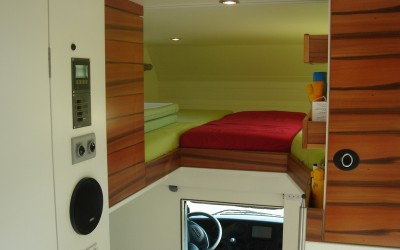 Exklusiver Innenausbau im Wohnmobil (5)