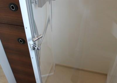 Individuelles Badezimmer im Wohn- und Reisefahrzeug