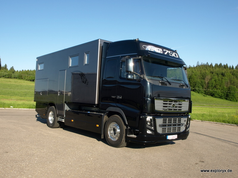 bildergalerie volvo lkw fh 16 promotionmobil und reisefahrzeug extrem. Black Bedroom Furniture Sets. Home Design Ideas