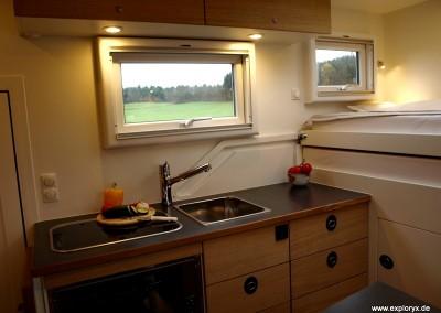 Elegante Inneneinrichtung im Wohnmobil