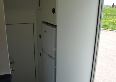 Großer Kühlschrank mit Gefrierfach im Wohnmobil